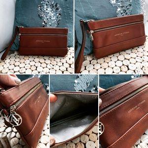 Adrienne VITTADINI Wallet Wristlet Brown EUC